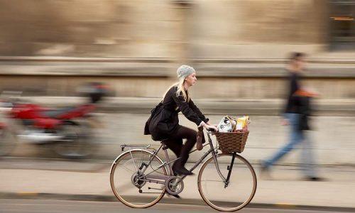 Cosa significa sognare di andare in bicicletta