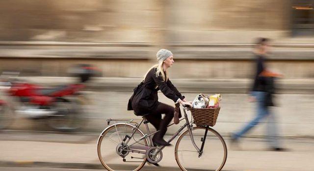 Sognare di andare in bicicletta