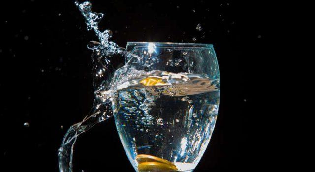 Cosa significa sognare un bicchiere rotto