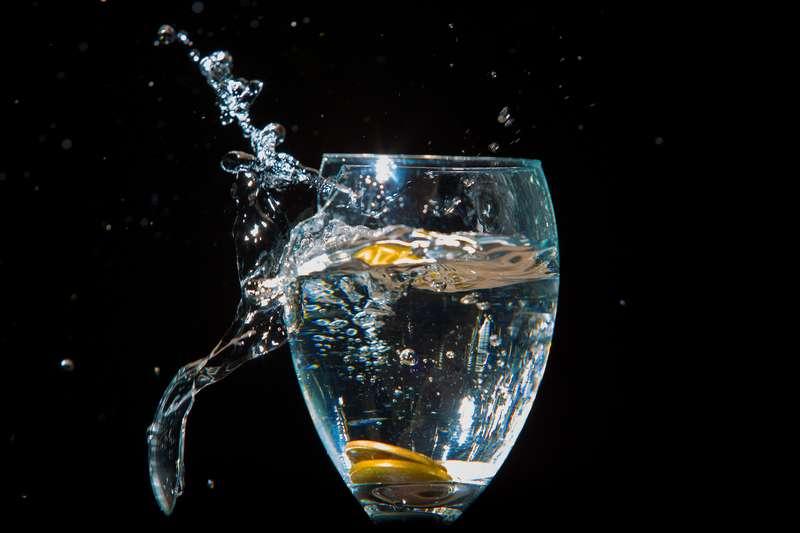 Rottura Di Vetro Significato.Cosa Significa Sognare Un Bicchiere Rotto In Vita Veritas