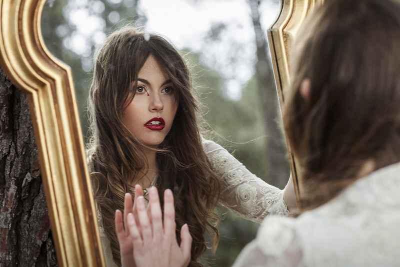 Cosa significa sognare uno specchio